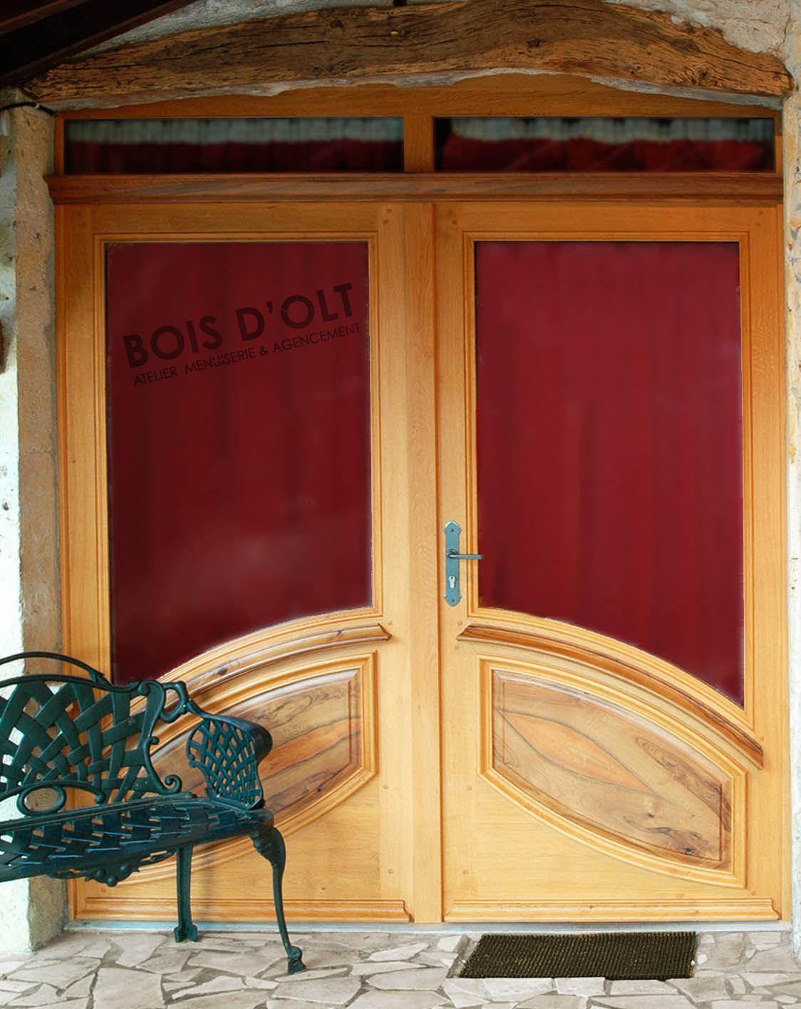 Porte d'entrée vitrée en bois massif
